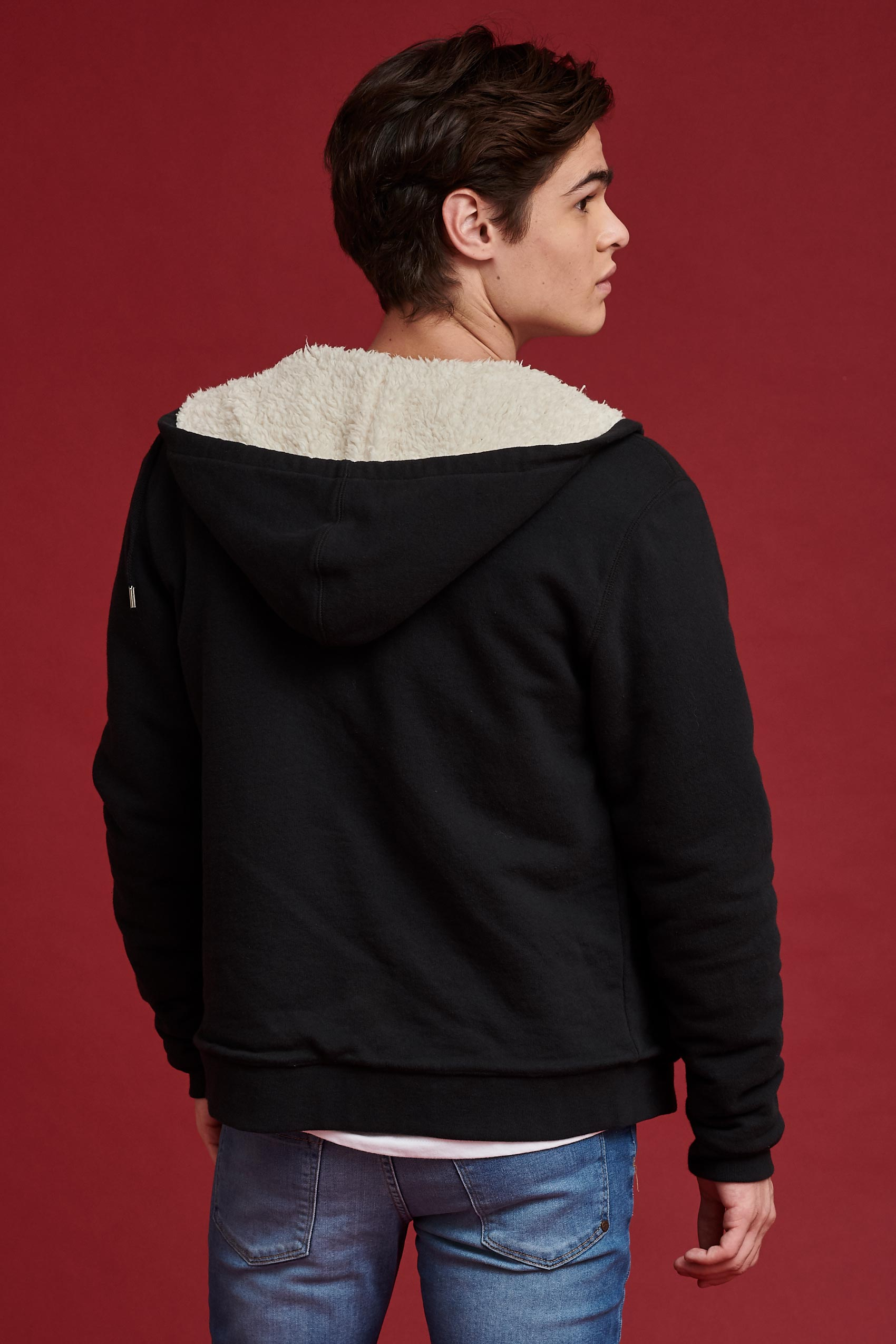 penguin_sherpa-lined-zip-hoodie_59-13-2020__picture-12932